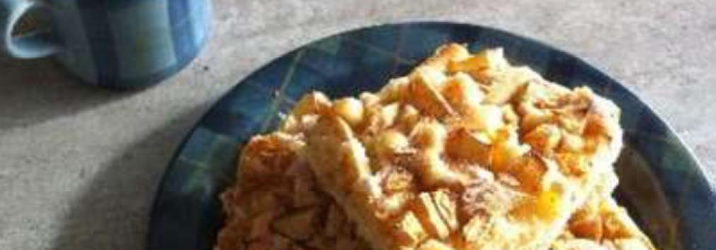 Apple Tray Bake